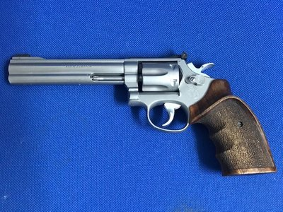 Smith & Wesson 617 Target-Champion .22LR   *VERKOCHT*